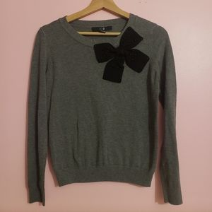 Forever 22 sweater with bow